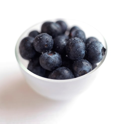 bowl of bluberries in a bowl, healthy fruit